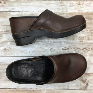 Dansko Leather Professional Clogs size 10
